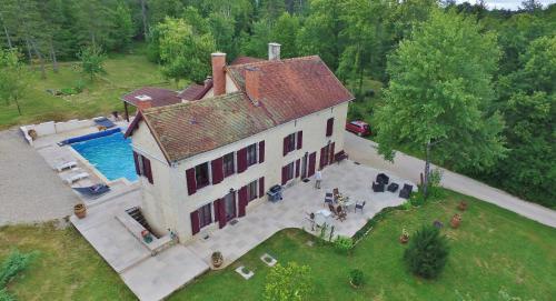 Maison de Maître Montchevreuil : Guest accommodation near Verseilles-le-Haut