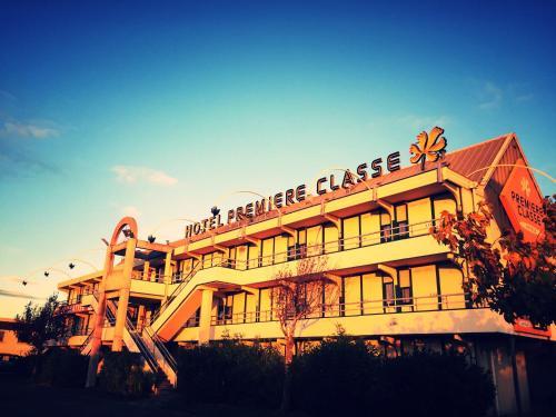 Premiere Classe Carcassonne : Hotel near Pennautier