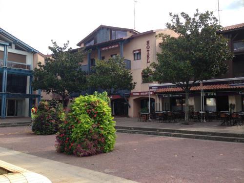 Hotel Atlantide : Hotel near Sanguinet