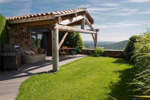La Chomotte : Guest accommodation near Villevocance