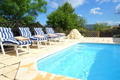 Villa Wisteria : Guest accommodation near Embres-et-Castelmaure