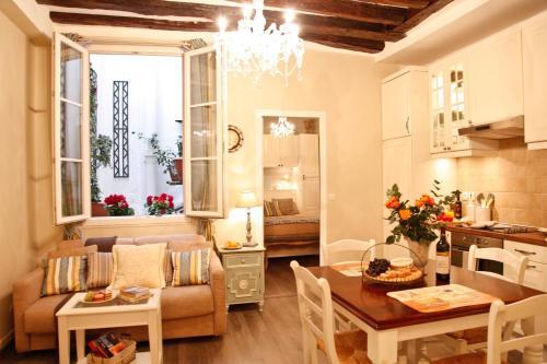 Apartment Gravilliers : Apartment near Paris 3e Arrondissement