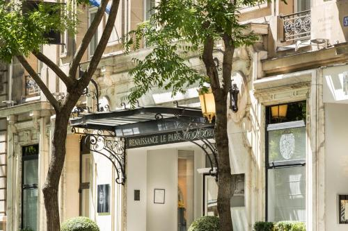 Renaissance Paris Le Parc Trocadero Hotel : Hotel near Paris 16e Arrondissement