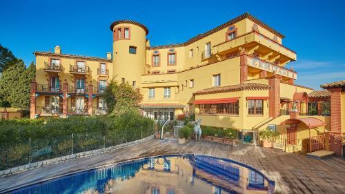 Ermitage de l'Oasis - Cannes Mandelieu : Hotel near Théoule-sur-Mer