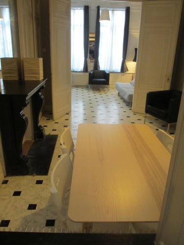 Le Valentina Suite Grand place : Apartment near Lille