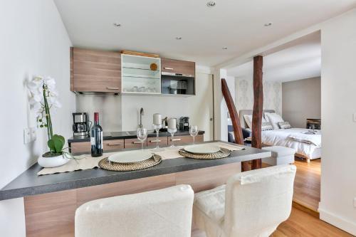 Love nest in Saint Germain : Apartment near Paris 7e Arrondissement