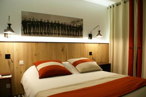 Hôtel Mir : Hotel near Azet