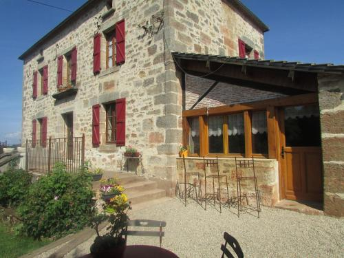 Ecuries de Saint Maurice : Bed and Breakfast near Anglars