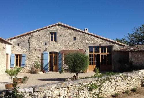 La Grange Cerise : Guest accommodation near Ligueux