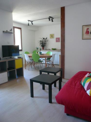 Localucax Le Bristol : Apartment near Comus