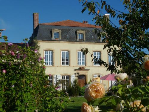 Maison Les Beaux Arts : Bed and Breakfast near Thonne-les-Près