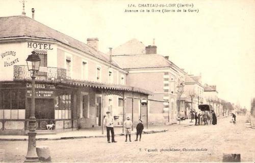 Hotel de la gare : Hotel near Montabon