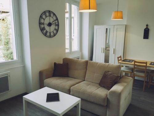 Studio Saint Etienne Hyper Centre : Apartment near La Tour-en-Jarez