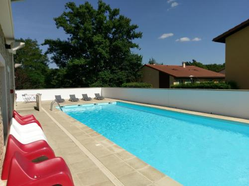 Garden & City Lyon - Lissieu : Guest accommodation near Chasselay