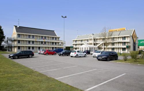 Premiere Classe Amiens Est - Glisy : Hotel near Béhencourt