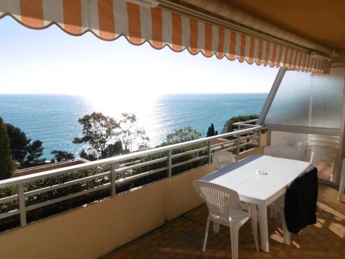 Appartement Golfe Bleu Monaco : Apartment near Gorbio