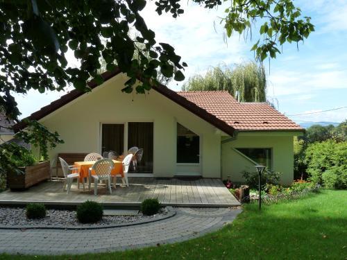Gîte d'Maïsala Les Mésanges : Guest accommodation near Romagny