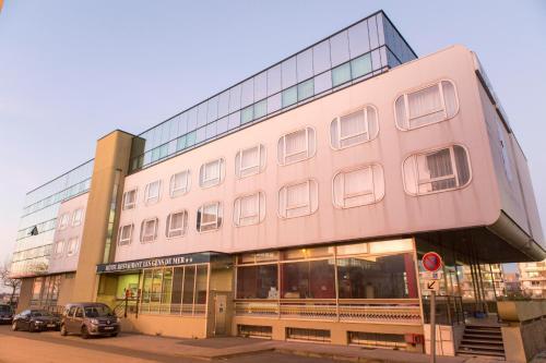 Hôtel Les Gens De Mer Dunkerque by Popinns : Hotel near Killem