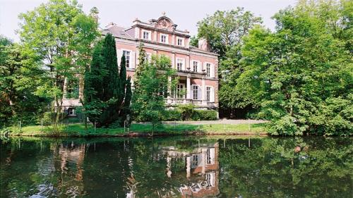 Le Château de Philiomel : Bed and Breakfast near Auchy-au-Bois