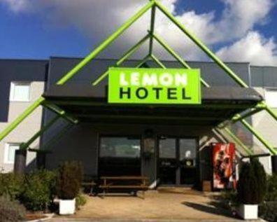 Lemon Hôtel Avignon Rochefort : Hotel near Tavel