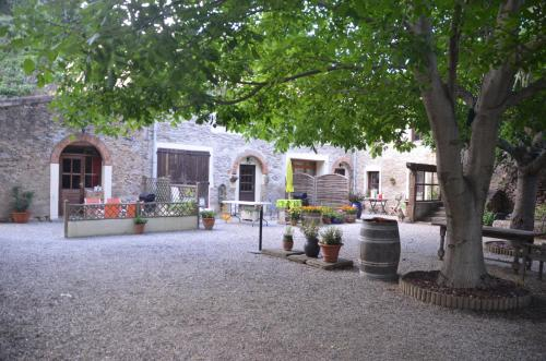 Au Pont Romain : Bed and Breakfast near Castans