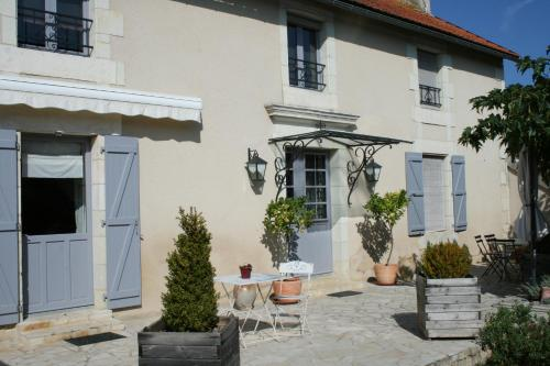 Chambre d'Hôtes de La Maricé : Bed and Breakfast near Mazeuil