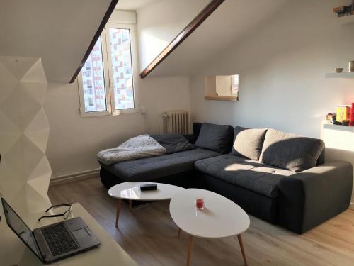 Large apt 2 chambres proche La Défense : Apartment near Puteaux