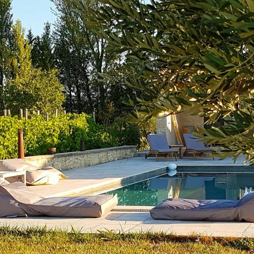 Fontaine de Cérier : Bed and Breakfast near Castillon-du-Gard