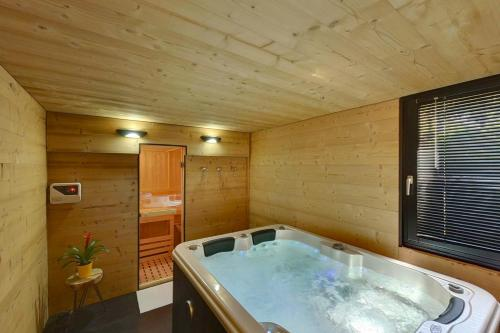 Best Hotel Annecy : Hotel near Chilly