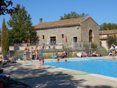 La Résidence du Château de Jouarres : Guest accommodation near Oupia