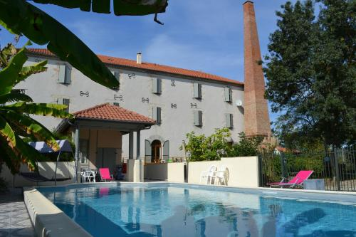 Moulin de Saint Laurent : Apartment near Montesquieu