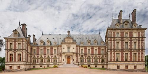 Chateau de Villersexel : Bed and Breakfast near Fontenelle-Montby