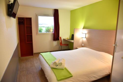 Sweet and Smart Sarreguemines - Hambach : Hotel near Vibersviller