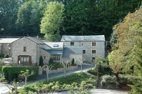 Les Rives Du Lac Du Laouzas : Guest accommodation near Fraisse-sur-Agout