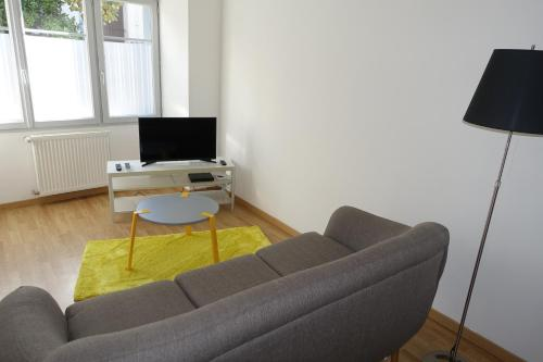 Le 4 : Apartment near Saint-Cyr