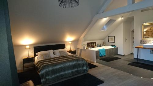 Domaine de la Jarrige : Guest accommodation near Saint-Dizier-Leyrenne