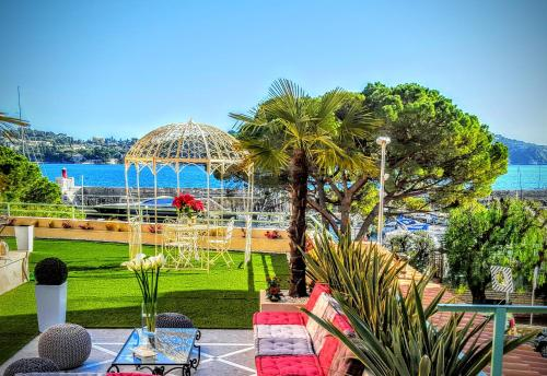 Port Villefranche Terrace Apartment : Apartment near Saint-Jean-Cap-Ferrat