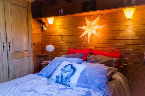 Chalet L'imprévu : Guest accommodation near Saint-Georges-de-Commiers