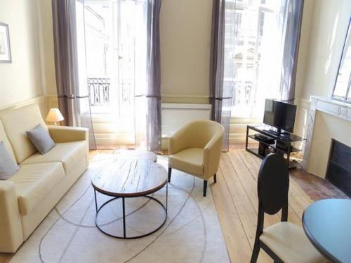 Saint Rémi : Apartment near Bordeaux