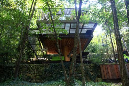 La cabane de Luca : Bed and Breakfast near Chassiers