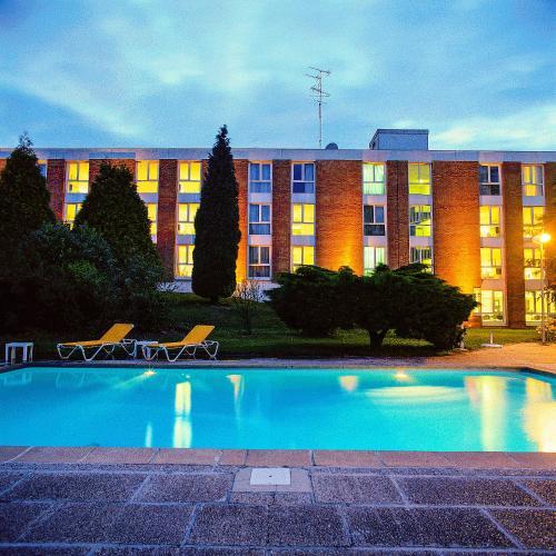 Altia Hôtel : Hotel near Wattrelos