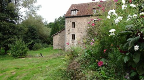 Gite La Louvière : Guest accommodation near Saint-Martin-de-la-Mer