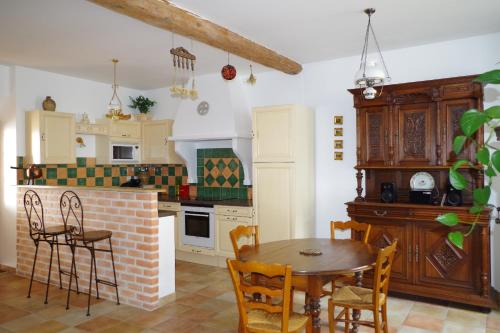 Le grenier de l'Horte : Guest accommodation near Saint-Martin