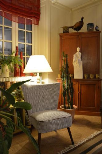 Hotel Auberge des Remparts : Hotel near Montigné-le-Brillant