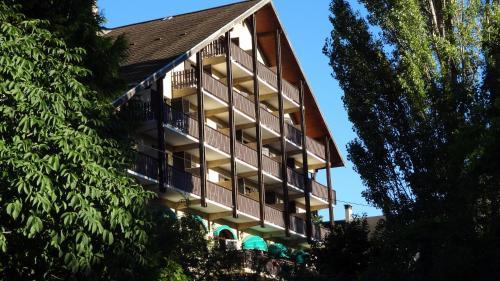 Hotel Restaurant Les Barnieres : Hotel near Saint-Crépin