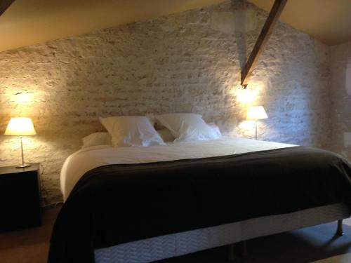 Gîtes Les Suites du Ligaro : Guest accommodation near Bourg-Charente