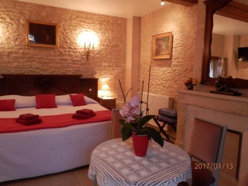 Le Clos des Courtines - Les 4 Vents : Guest accommodation near Crépon