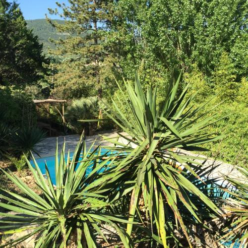 Villa L'Occitane : Guest accommodation near Roqueredonde