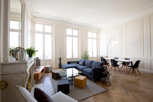Appartement sur les quais de Bordeaux : Apartment near Cenon