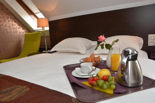 Hotel Restaurant Crystal : Hotel near Erstein